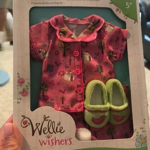 Wellie Wishers  enchanted Garden pjs